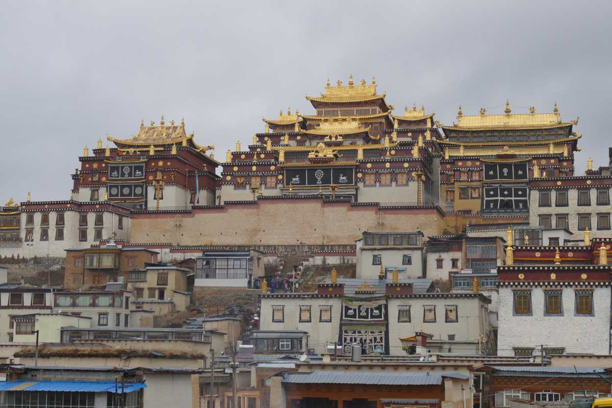 Catherine et Renato – Paysages et Minorités du Yunnan en liberté (13 jours)